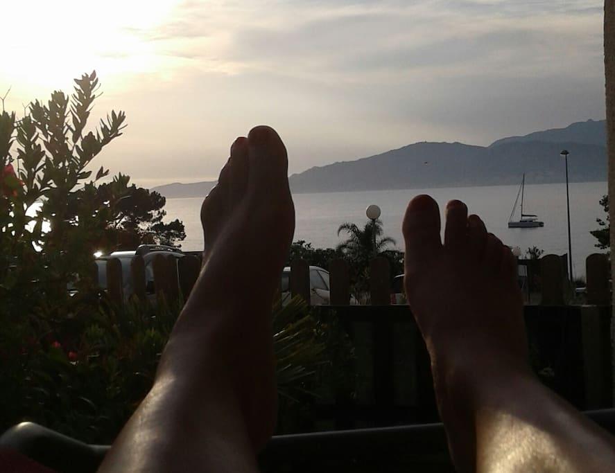 les pieds dans l'eau!
