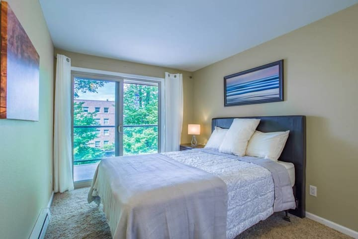 Second Bedroom with sliding door to balcony
