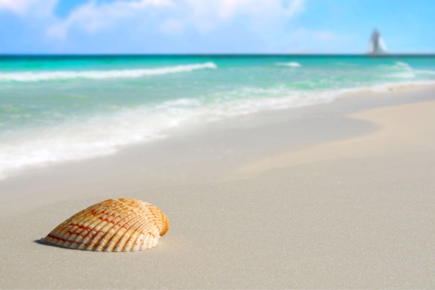 Come enjoy a relaxing stay just steps to beautiful Panama City Beach!