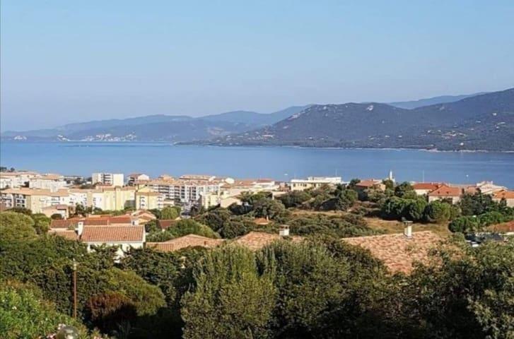 Propriano Appart t2 vue mer et 3 piscines 6 pers