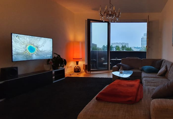 Private Room with 2 Single Beds in Mitte