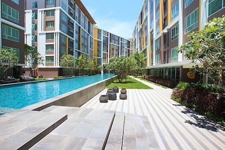 Condo Campus  Resort  Bangsaen Chonburi - Saensuk