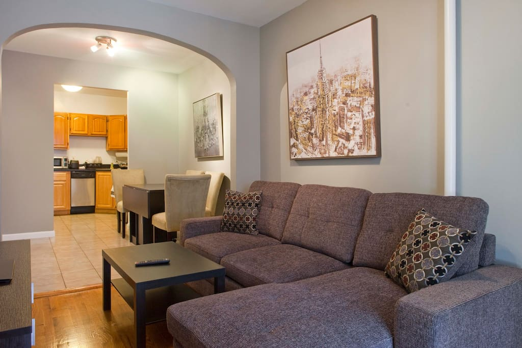 Large 2 bedroom apt near central park apartments for for Apartments near central park