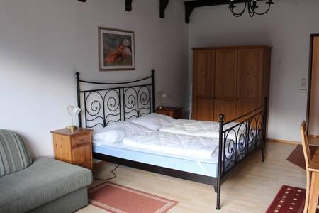 TOP FLOOR TWO-BEDROOM APT. WITH BALC. (70 kvm - 9) - Bad Gastein