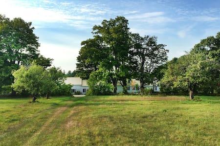 Historic Maine Farmhouse - Norvégia