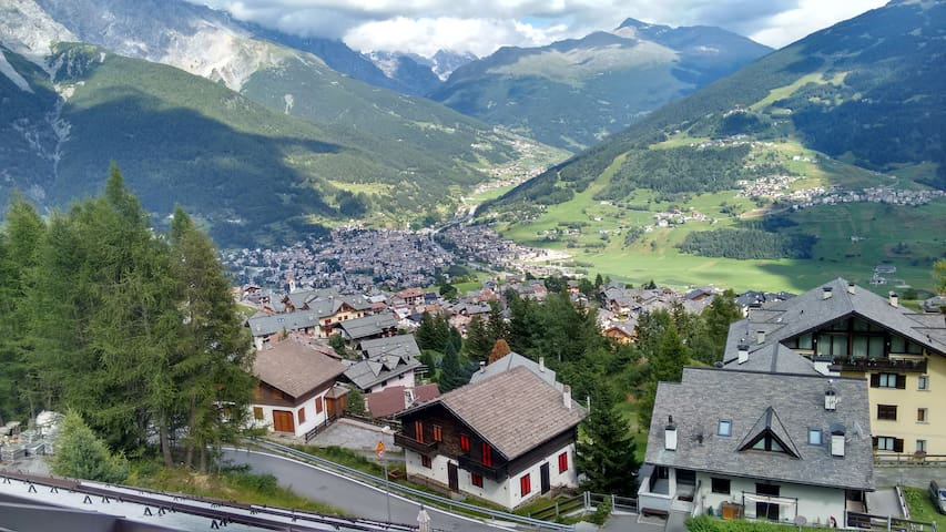 Apartment very close to Bormio