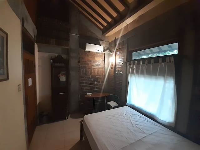 This is room no #3 suitable for 2 people