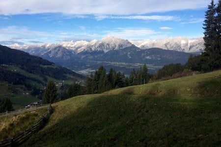 Urige Almhütte (Aste) in Tirol - Chalupa
