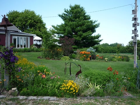 Casara Road Farm  3 bedrooms near Madison and Epic