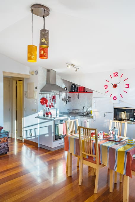 Cocina, comedor / Kitchen, Dining area