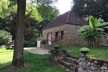 Maison charmante dans parc nature, vue imprenable
