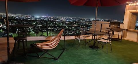 Loft confortable avec terrasse et vue panoramique