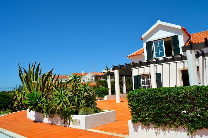 Casa de ferias Azenhas do Mar - Colares - Casa