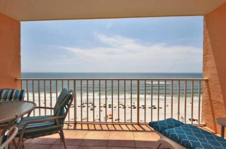 Beautiful remodeled one bedroom right on the beach!