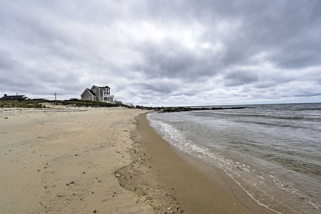 This cozy condo is located just steps away from a private beach on the Nantucket Sound.