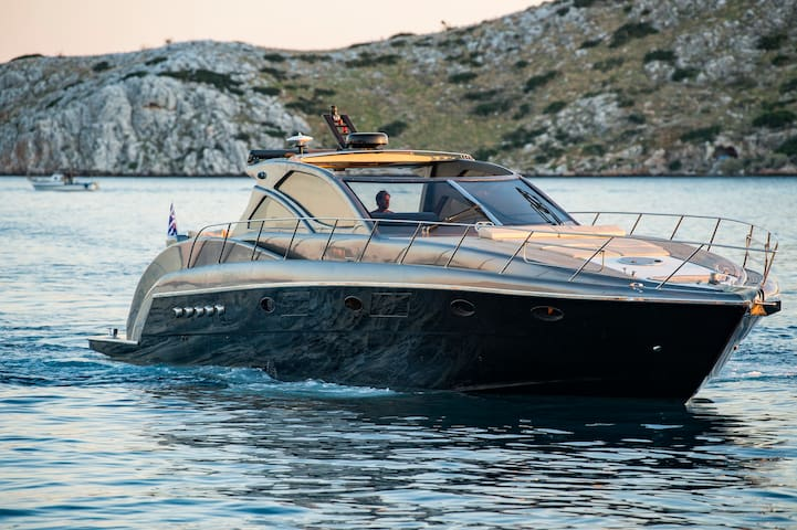 Moonwalk...a great yacht to spend time in Athens!