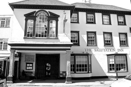 The Salutation Inn - Topsham