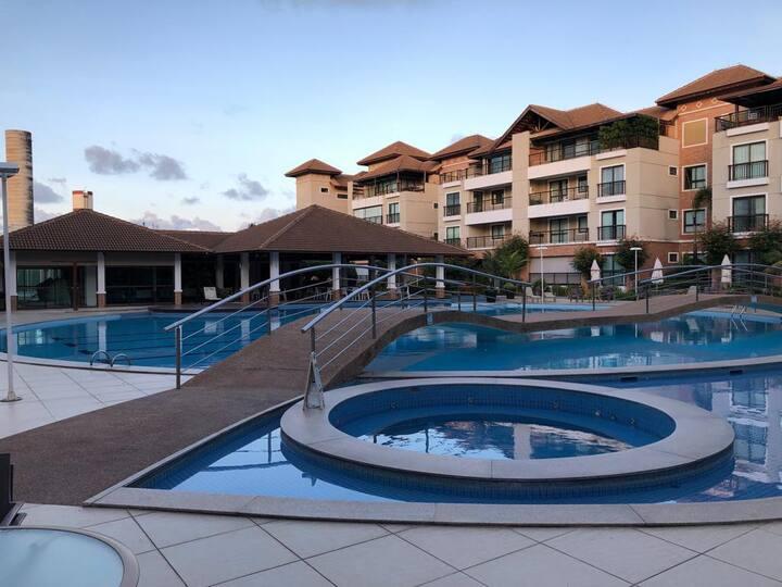 Apartamento Porto das Dunas - Cond. Mediterranee