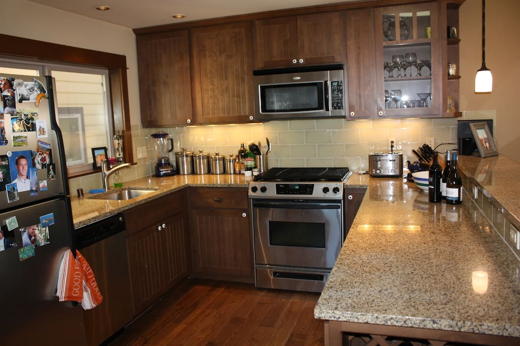 Spacious Kitchen with gas range, dish washer, instant hot water, toaster and blender.