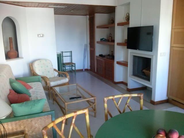 Apartamento T1 100m Praia Oura - Albufeira - Byt