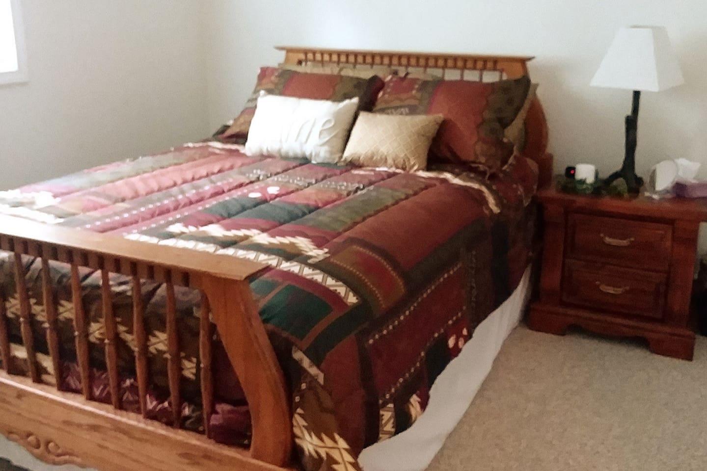 Tired Alaska Traveler Bedroom 1