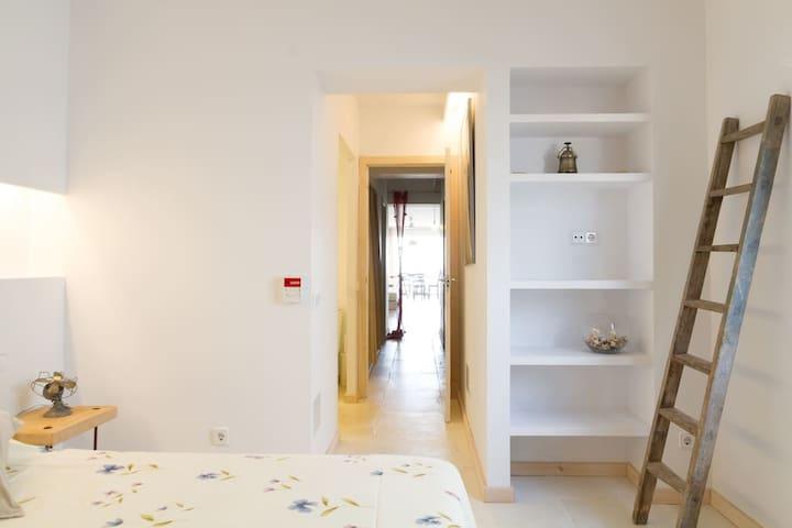 Apartment in front of the sea, in Mallorca - S'Illot-Cala Morlanda - Daire