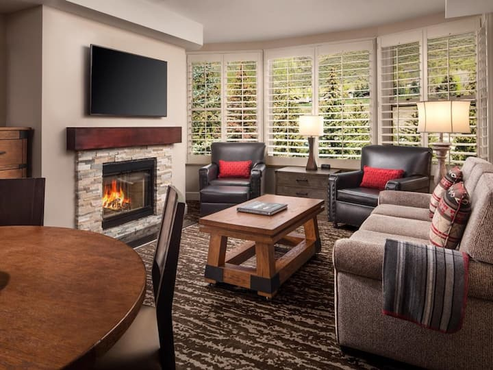 Marriotts Streamside at Vail - Luxurious 2 Bedroom
