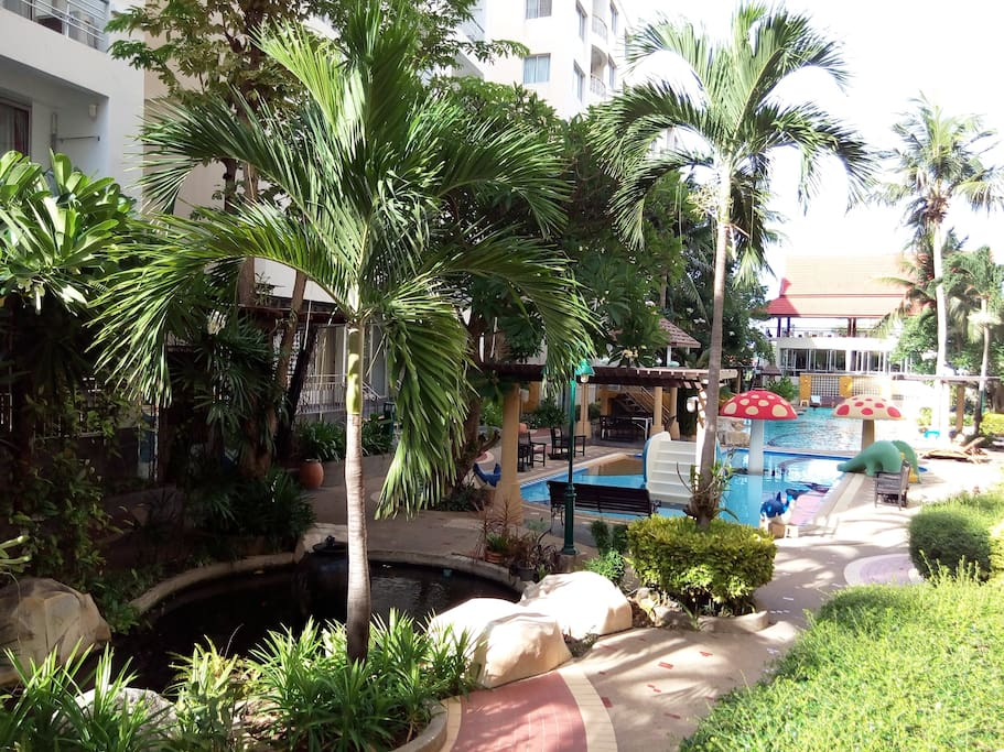 Pool and community area