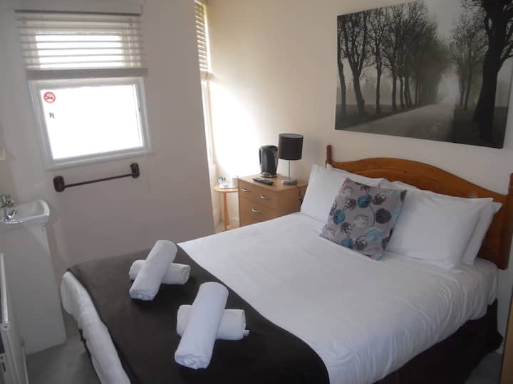 Double Room, shared facilities 6
