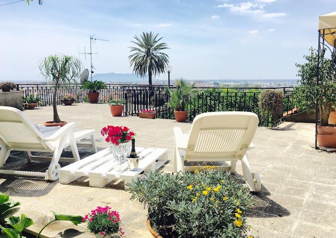 CASA con Terrazzo meraviglioso !❤️ - Terracina - House