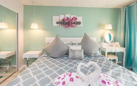 Comfortable Apartment -Parc Corniche