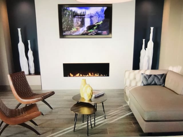 Modern style luxury 2 bed ON SPECIAL !Diamond cntr