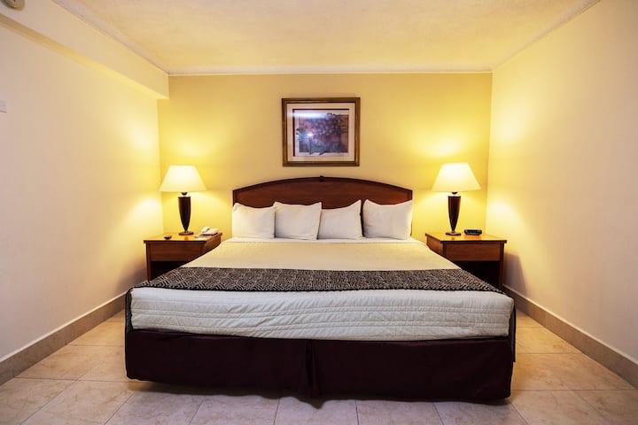 Jr.Suite sencilla en Tampico Av. Ejercito Mexicano