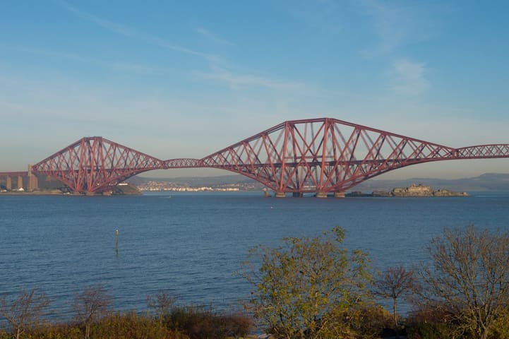 Fabulous 2 Bed Apartment By the Sea - Queensferry - Apartamento