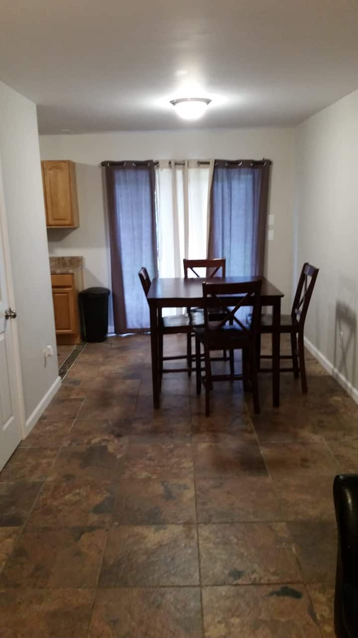 2 bedroom 1.5 bathrooms Smoky Mountain  F