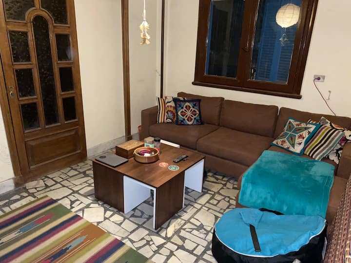 Comfortable cozy room in the beautiful Agouza
