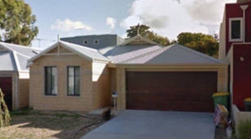 Family friendly house - Beaconsfield - Hus