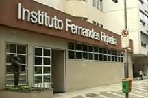 10 min a pé do Inst. Fernandes Figueira/ 10 min walk to hospital Fernandes Figueira.