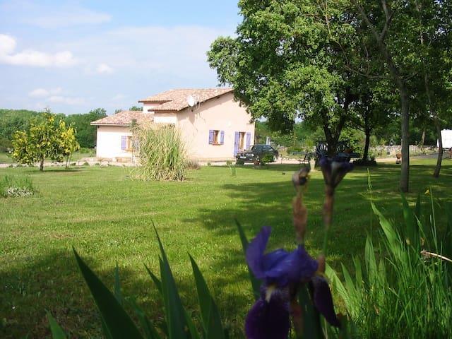 Maison dans un havre de paix