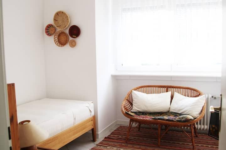 Kleines, gemütliches Zimmer für Kurzentschlossene