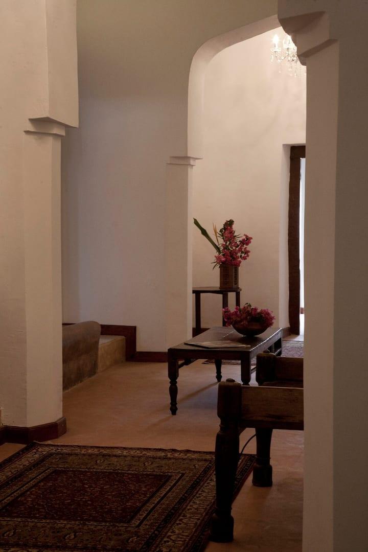 Hiliki Colonial House
