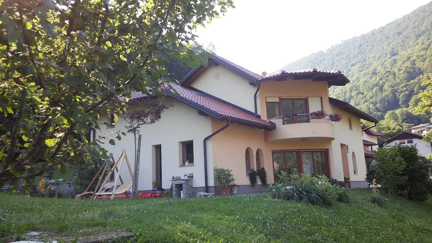 House Fortunat - Modrejce - House