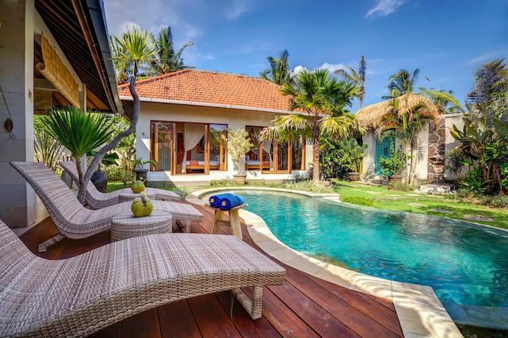 Little Paradise 1BD Pool Villa close to Canggu