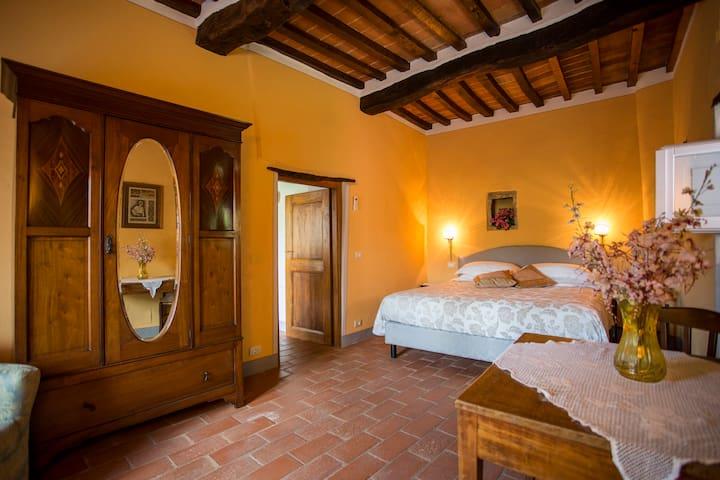 Villa Casa Rosa 1- Pink Countryside villa - La Strada-Santa Cristina - Villa