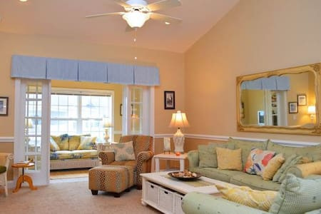 Tupelo Bay Villas 1512 - Garden City