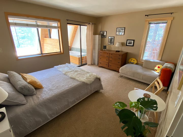 Master Bedroom in Tahoe Donner. OCTOBER PROMO!