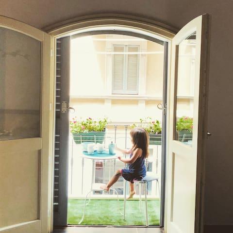 Appartamento su Via Tortona-Porta Genova- Navigli