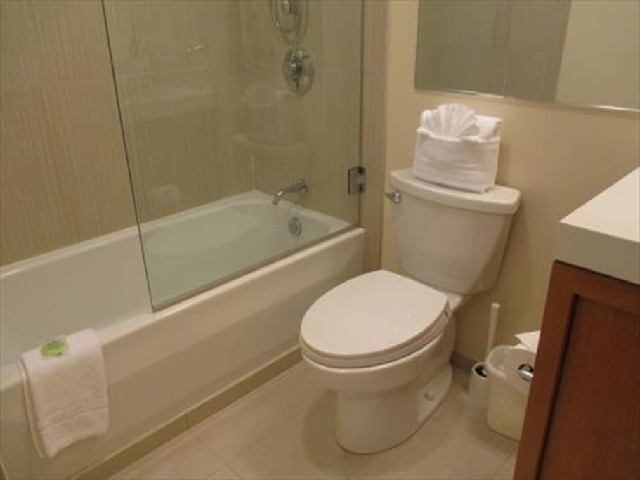 Full size bathroom with tub.