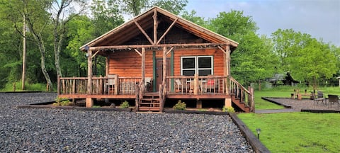 WyKnot Cabin with access to several ATV trails