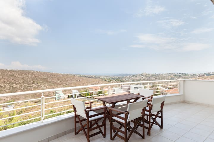 Spacious penthouse in Ntrafi - Ntrafi - Overig
